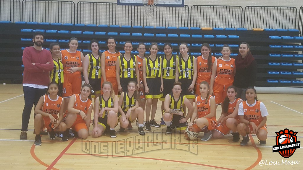 16/12/2018.- AMISTOSO: Junior Naranja FEM vs Baloncesto Olympia