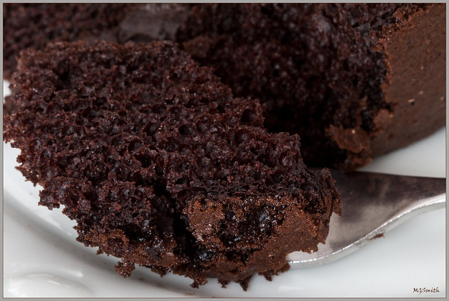 Happy Chocolate Cake Day!, Canon EOS 70D, Canon EF 100mm f/2.8 Macro USM