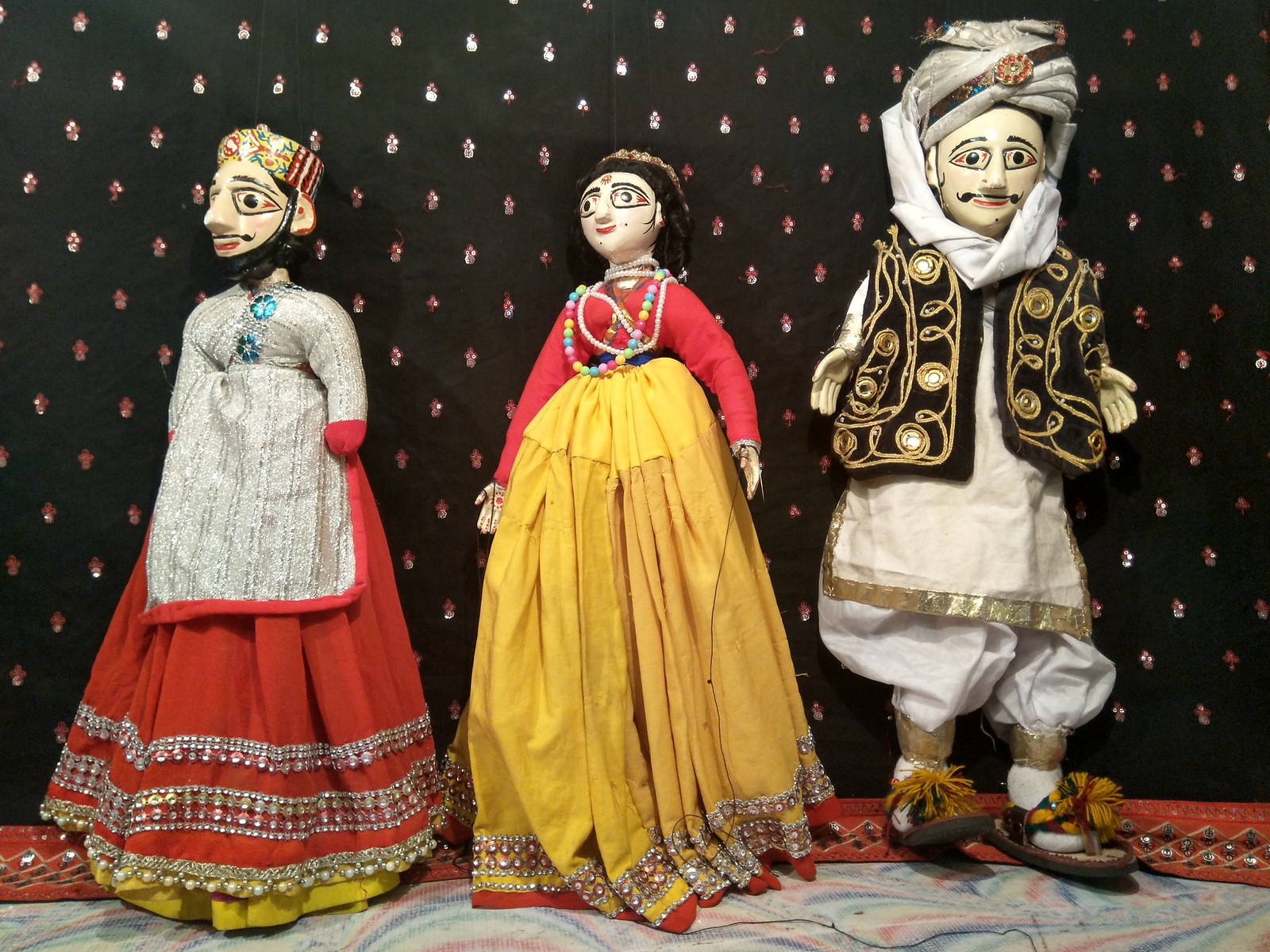 puppet show in lahore