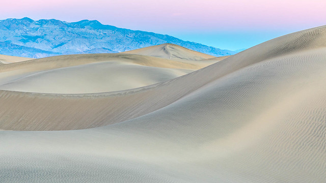 Ribbons of Sand