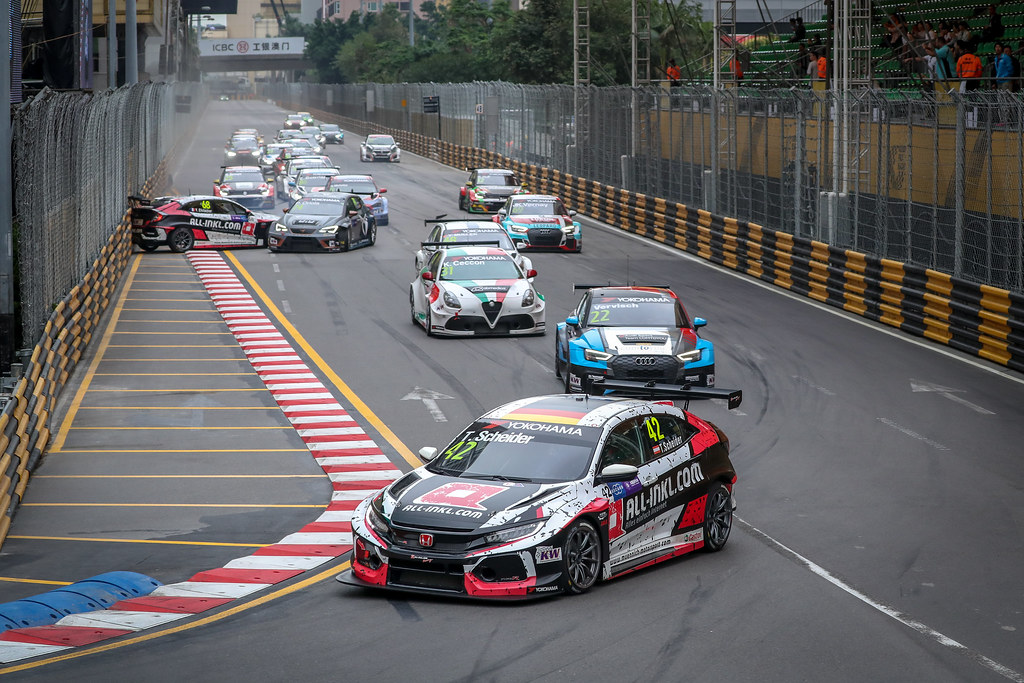 42 SCHEIDER Timo (aut), Honda Civic TCR team ALL-INKL.COM Munnich Motorsport, action during the 2018 FIA WTCR World Touring Car cup of Macau, Circuito da Guia, from november  15 to 18 - Photo Alexandre Guillaumot / DPPI