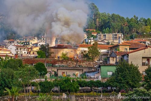 Bonfire  nearly obliterates church at Entre-os-Rios