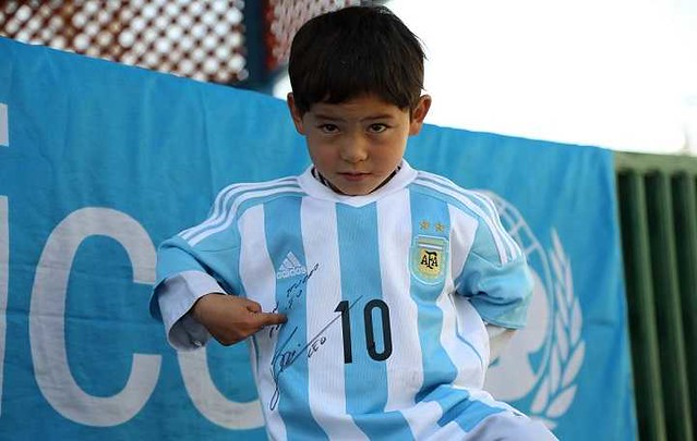 4836 7 years old Afghani fan of Messi threatened by Taliban 04