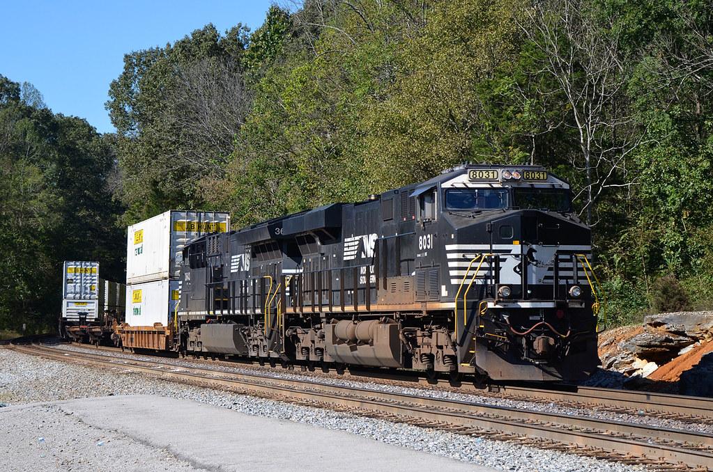 2018 10-17 1430-1 NS ES44AC-8031 S/B 215 Burnside, KY | Flickr
