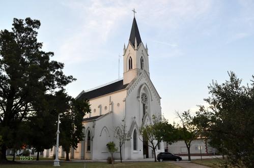 CARHUE: Iglesia Nuestra Señora de los Desamparados