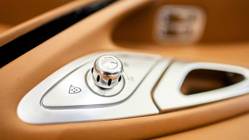 bugatti-veyron-interior-for-sale (3)