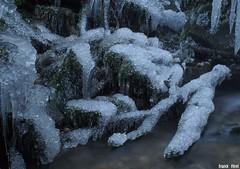 Glace en bas de la Cascade du Dard - Reugney