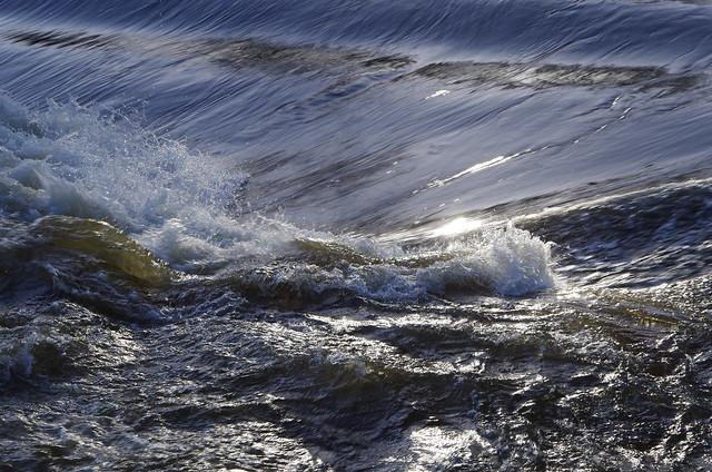 Light on the water, Pentax K-50, smc PENTAX-DA 18-135mm F3.5-5.6 ED AL [IF] DC WR