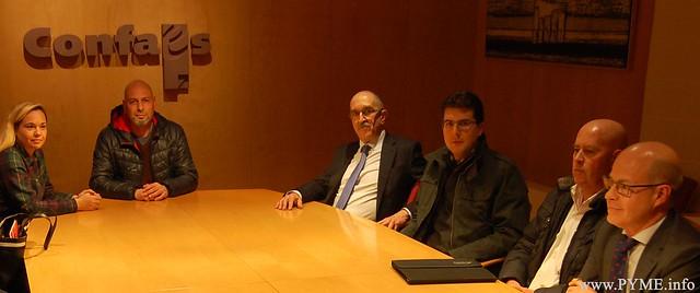 Constitución de la mesa de negociación del convenio colectivo de Comercio de Ganadería de Salamanca.