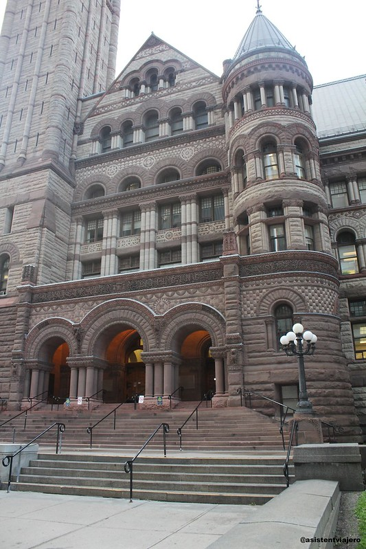 Toronto City Hall (5)