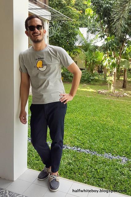 halfwhiteboy - gudetama t-shirt and jeans 01