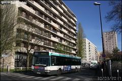 Irisbus Agora Line - RATP (Régie Autonome des Transports Parisiens) / STIF (Syndicat des Transports d'Île-de-France) n°8320