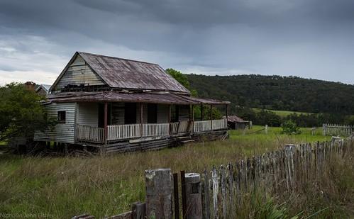 house abandoned dilapidated chambignecreek clarencevalley northernrivers nsw australia building valley landscape australianlandscape