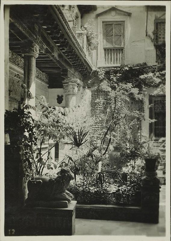 Palacio de los Pantoja o de Benacazón a comienzos del siglo XX. ETH-Bibliothek, Zürich.