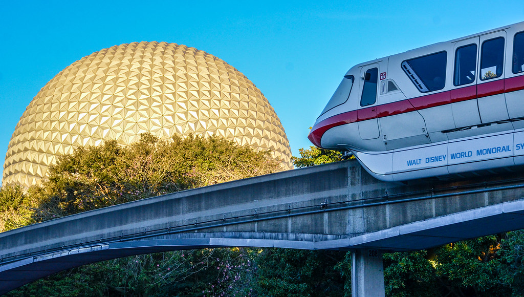 Monorail SSE Epcot