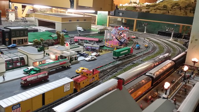 new buildings on the O scale layout