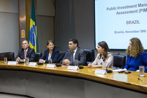 30/11/2018 FMI avalia gestão do investimento público do Brasil