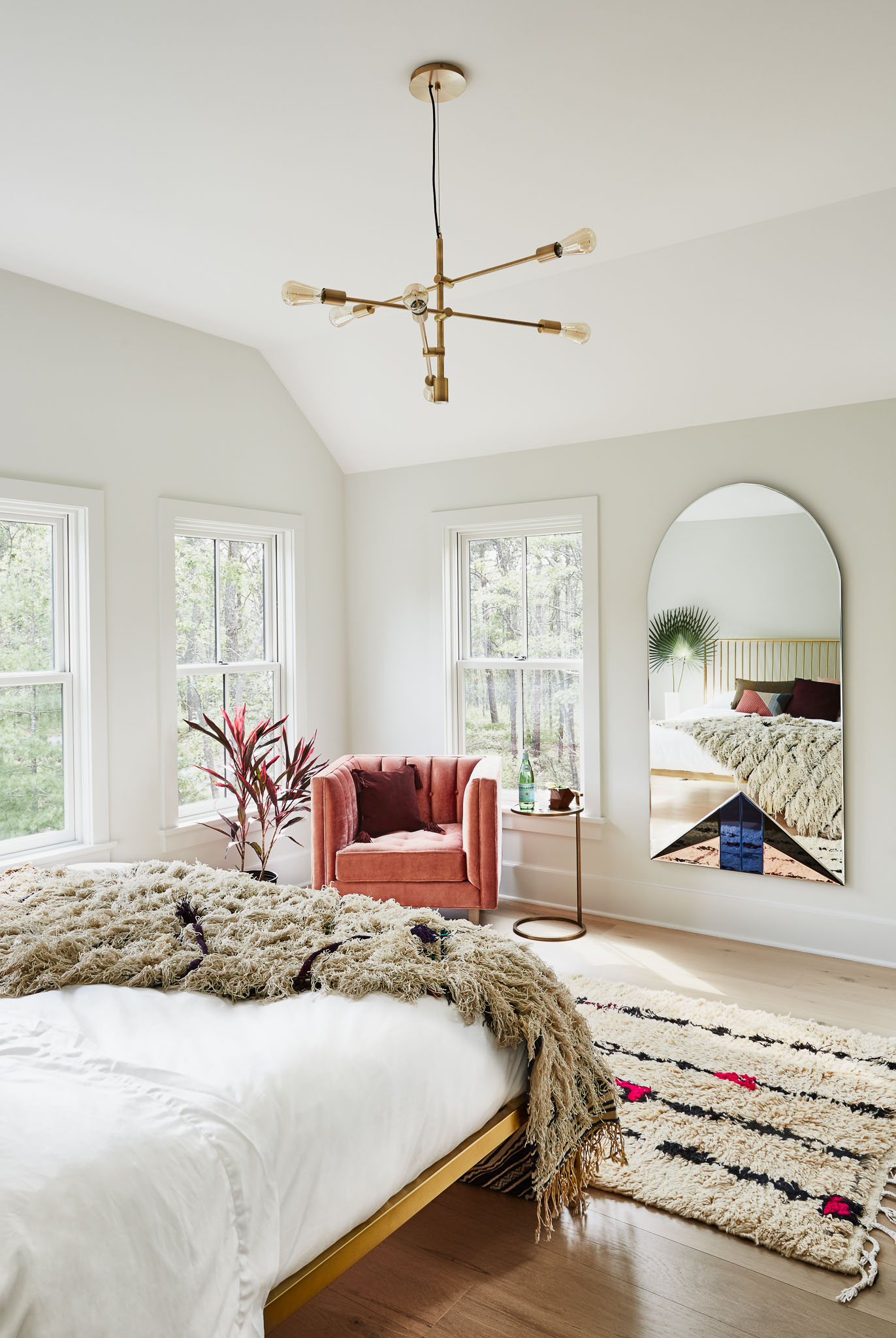 Modern Boho Neutral Bedroom with Gold Accents How to Decorate with Living Coral Pantone's Color of the Year