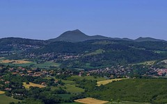 Le Puy de Dôme - Photo of Saint-Maurice