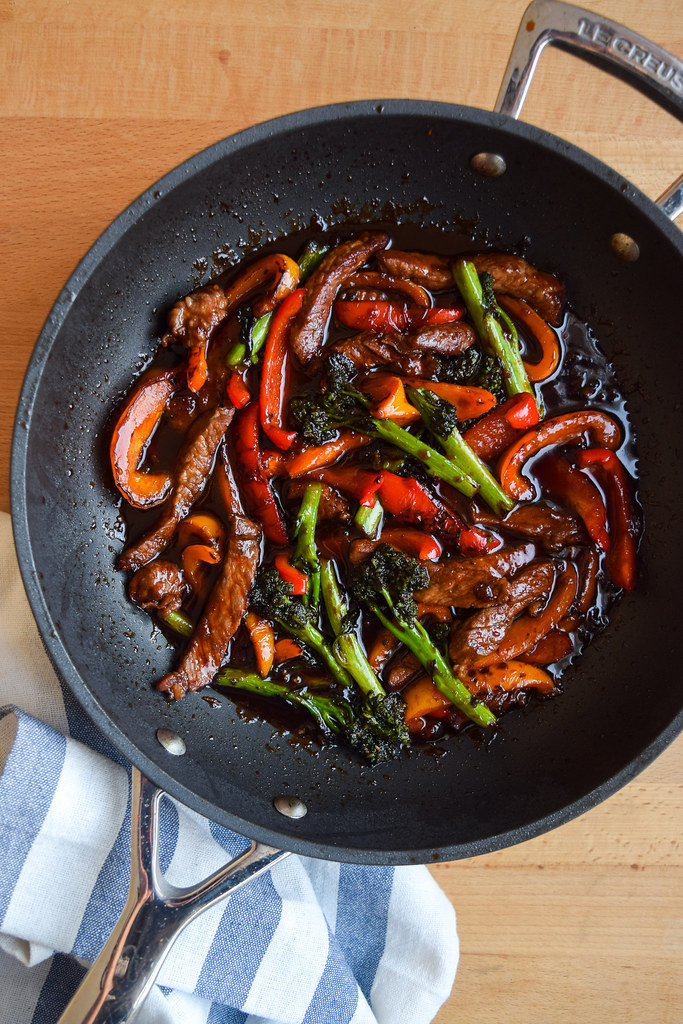 Super Saucy Korean Steak, Pepper & Broccoli Stir Fry