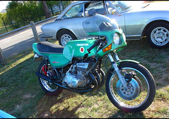 Suzuki GT 550 Roca - Photo of Saint-Rémy