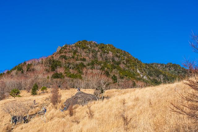 乾徳山と月見岩