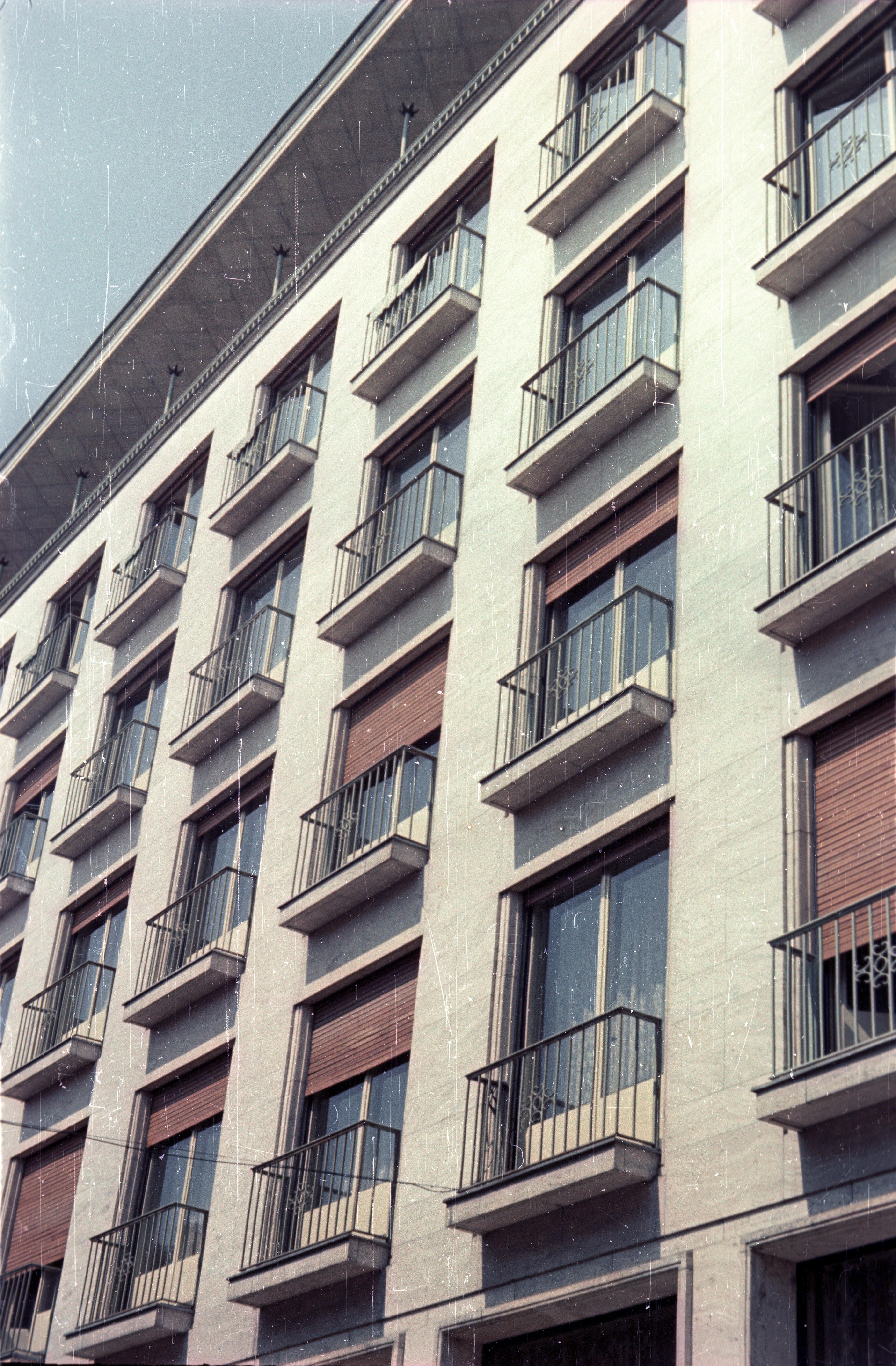Братислава. Отель «Девин» от Лодной улицы