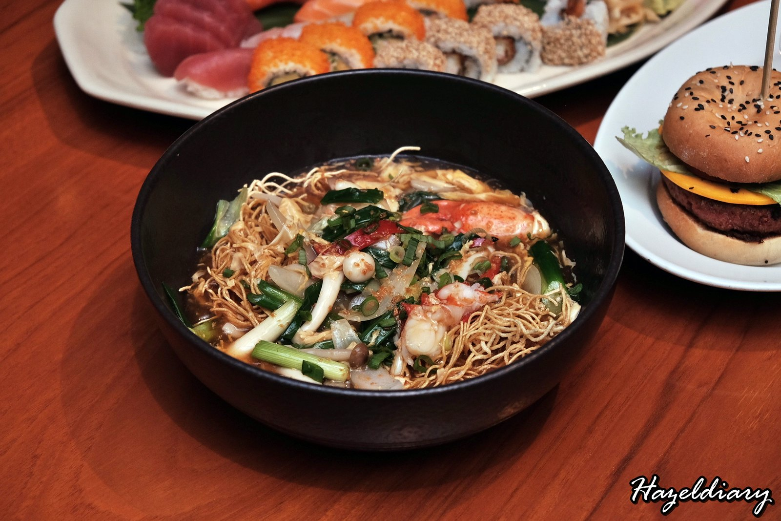 Mezza9 Grand Hyatt Singapore-Wok-fried Noodles with Maine Lobster-2