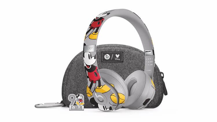 Mickey Mouse Solo headphones