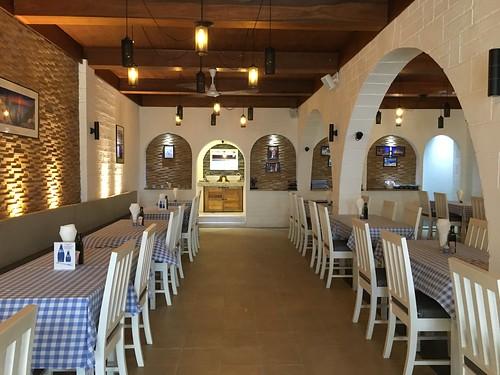 今日のサムイ島 11月28日チャウエンビーチロードのギリシャ料理 Olive Tree Greek Restaurant
