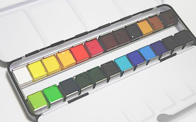 固形 透明水彩絵の具 どれがいい