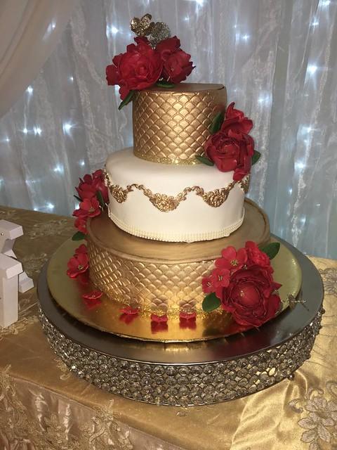 Cake by LUZMA Bakery