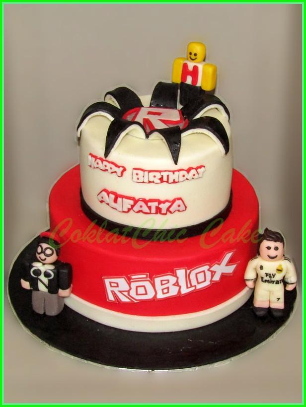 Cake Roblox ALIFATYA 18 /1 2 cm