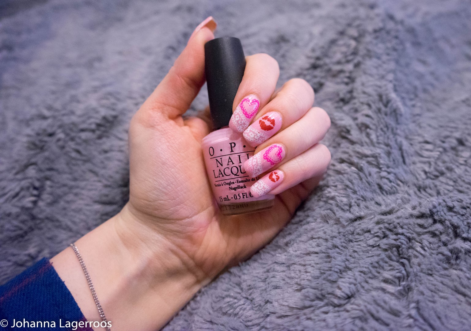 heart nails valnetines day