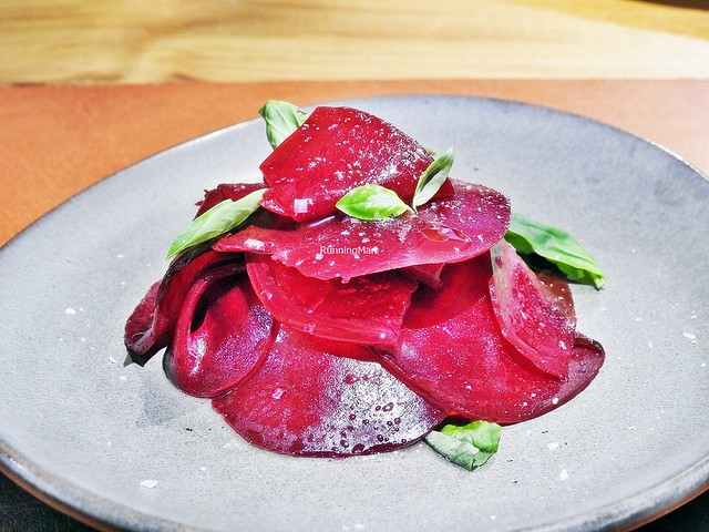 Beetroot Burratini