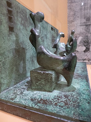 Henry Moore : Three Motives against Wall n°1