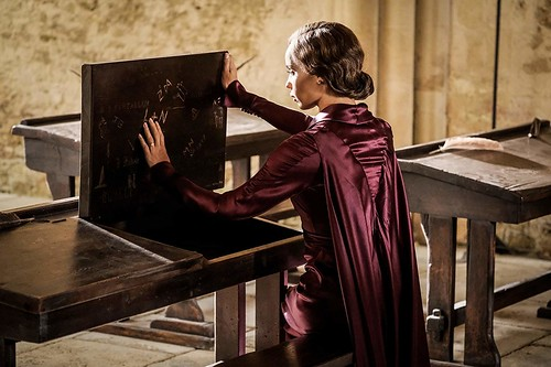 Leta Lestrange reminiscing at Hogwarts. From A First Look at Fantastic Beasts: The Crimes of Grindelwald