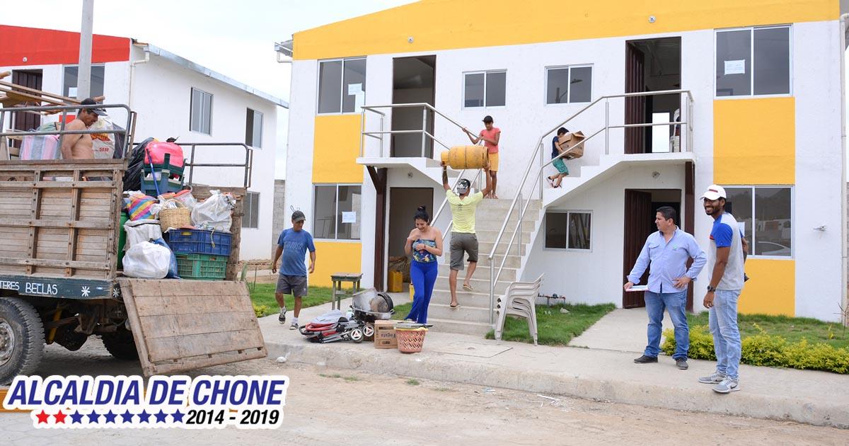 La alegría de tener un hogar volvió para 31 familias