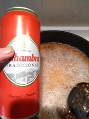 La cerveza Alhambra, que va estupendamente para el risotto.