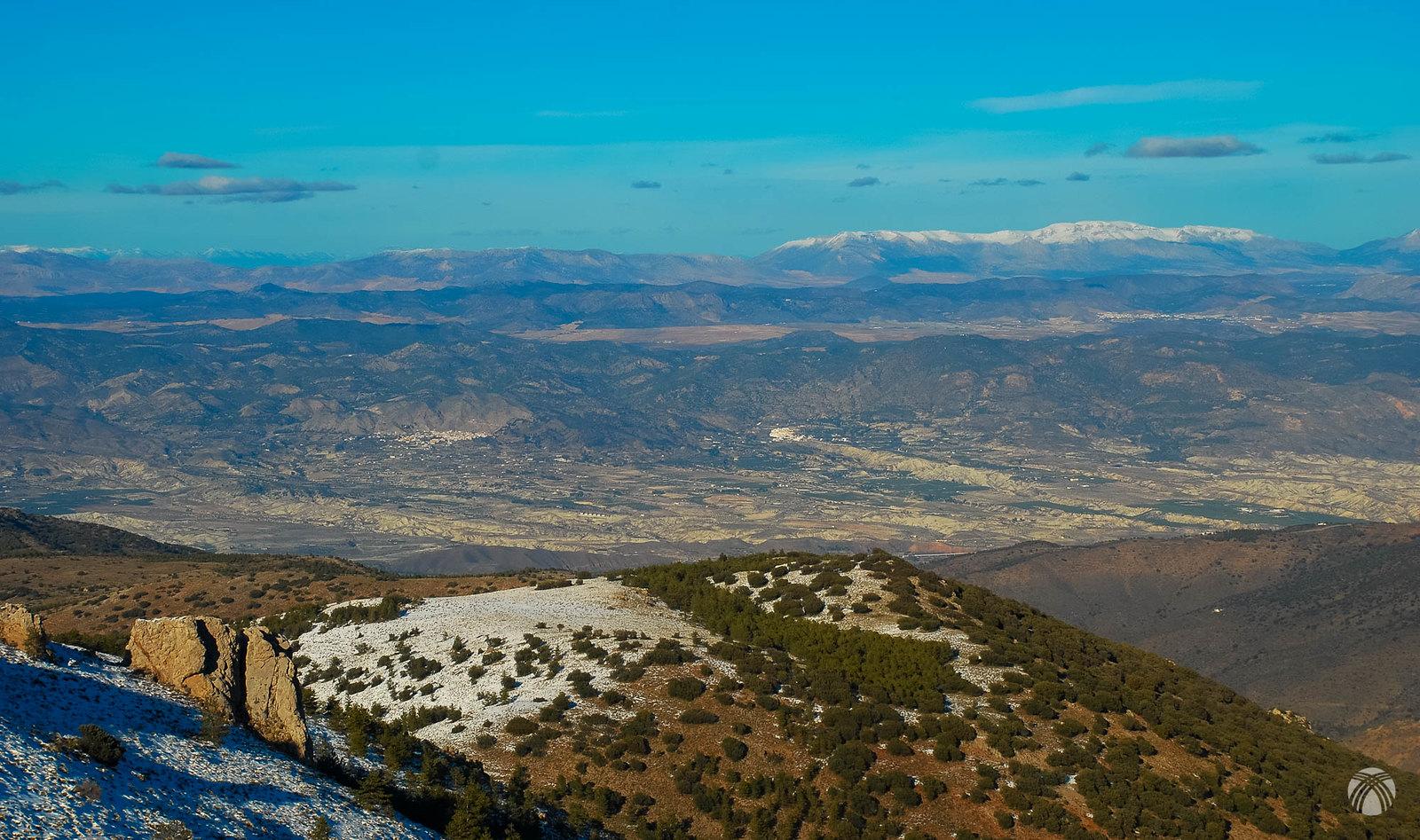 Tenemos unas muy buenas vistas hacia el valle del Almanzora