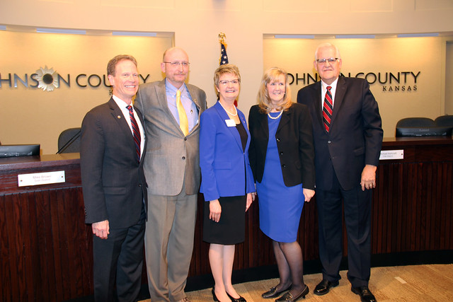 Johnson County swears in commissioners, chairman