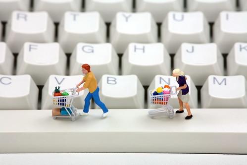 «Лаборатория Касперского» узнала, чего опасаются пользователи при совершении покупок в сети