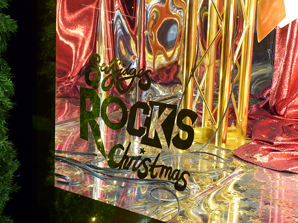 selfridges rocks santa 2