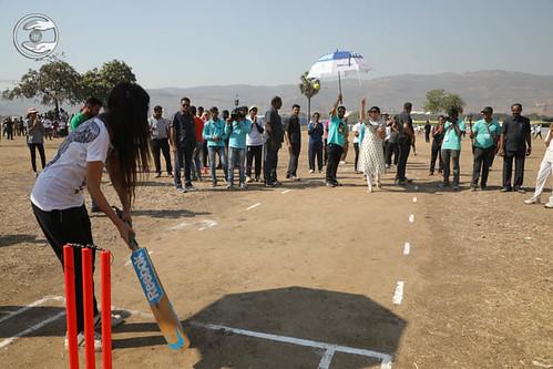 Rev Renuka Ji playing Cricket