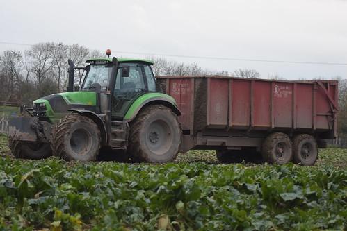 Deutz Fahr Agrotron 6180 C-Shift Tractor with a Lee Trailer