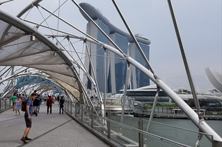layover in Singapore - Helix Bridge