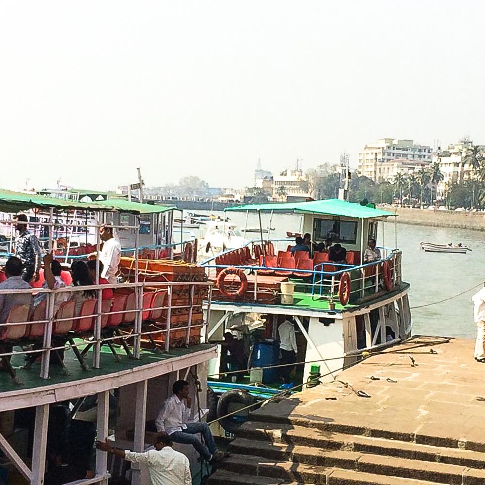 ferry LR