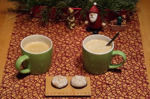 Mini-Lebkuchen (aus dem Reformhaus) zum Nachmittagskaffee