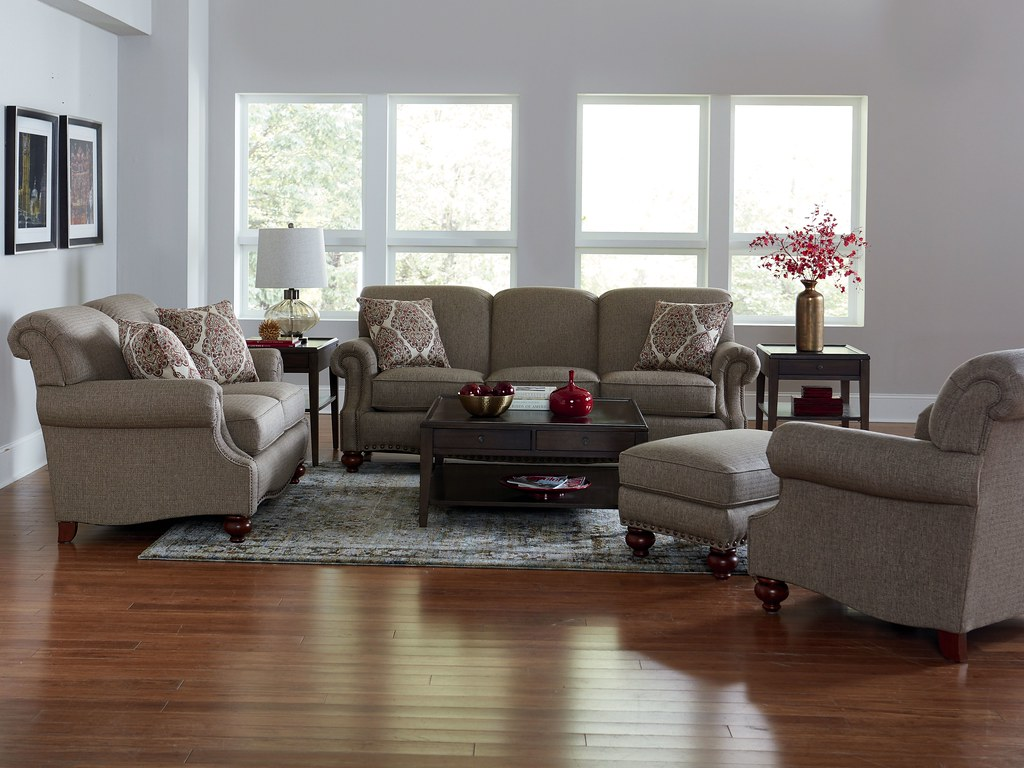 Bassett 3991_Club_Room_Sofa_latte_RS_A_1