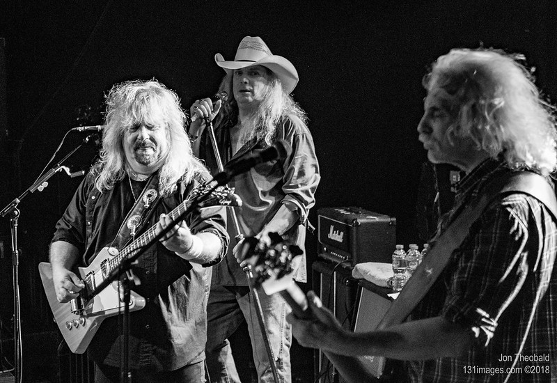 Molly Hatchet-23